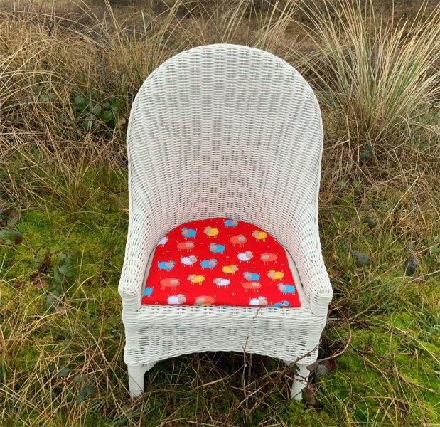 03-meubeltjes-rieten-kinderstoeltje